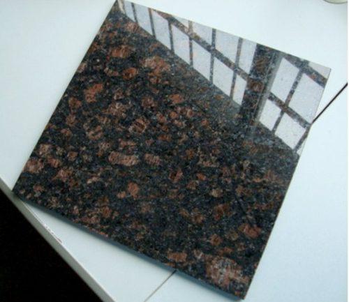 Гранитная плитка Тан Браун 300×600×18 Полированный