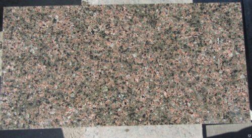 Гранитная плитка Васильевский 300×600×20