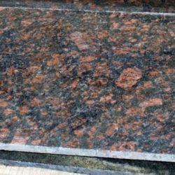 Гранитная полоса Тан Браун 700×2000×30 Полированная